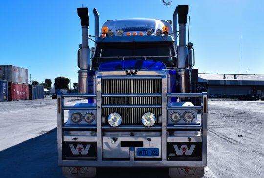 truck-0343