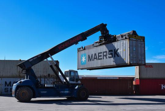 Container crane5-0076